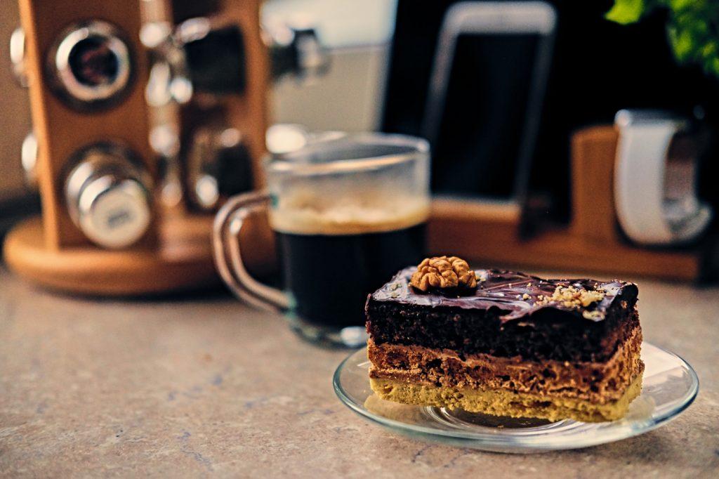 Mandarin Velvet Chocolate Cake