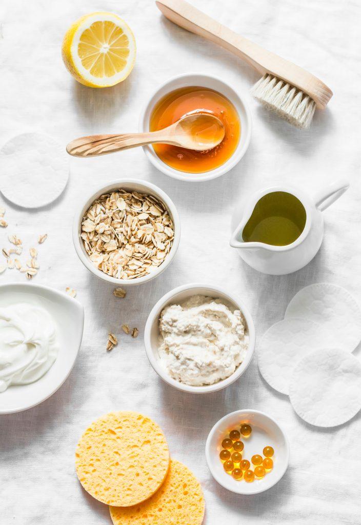 Buckwheat Honey: Usage, Nutritional Value, Benefits and Recipes